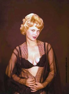 Gloria_Dawn_black_lace (3) by Ron Vogel